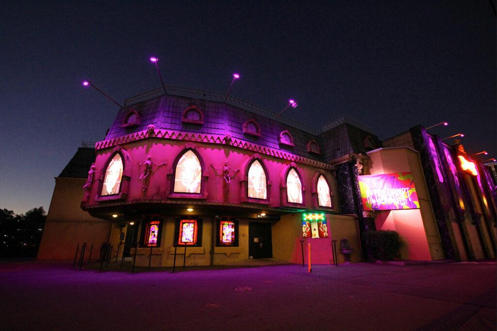 Image of Draculas Cabaret Restaurant